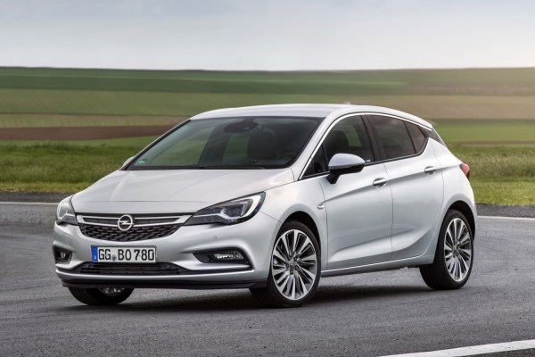 Opel Astra K BiTurbo Diesel Hatchback €27,310 | GM Authority