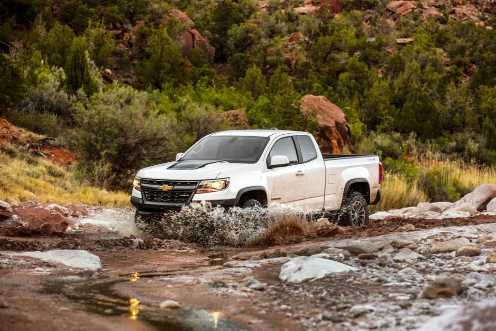 2018 Chevrolet Colorado ZR2 exterior 018 off road