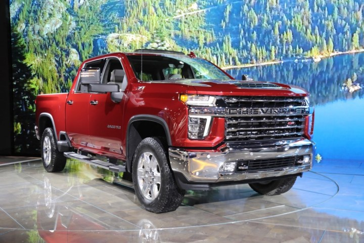 2020 Chevrolet Silverado HD GM Temporarily Shuts Down Flint Assembly Plant