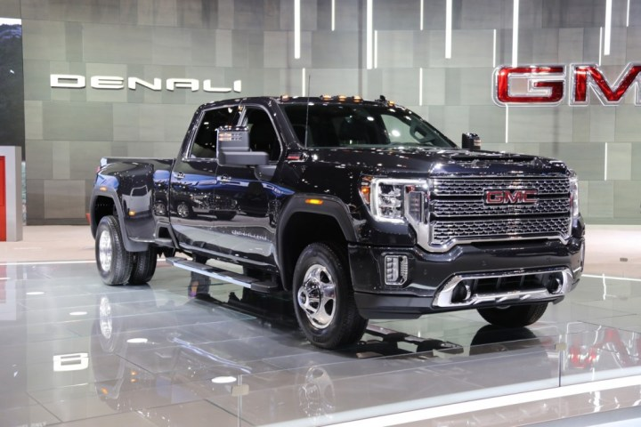 2020 GMC Sierra HD GM Temporarily Shuts Down Flint Assembly Plant
