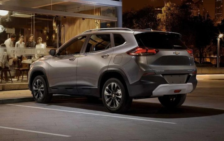 2021 Chevrolet Tracker Colombia exterior 03