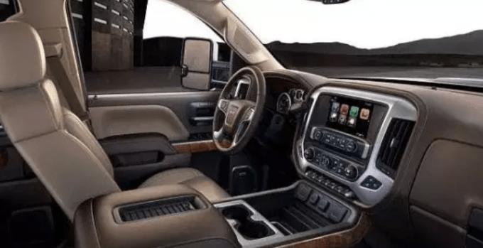 2019 GMC 2500HD Interior