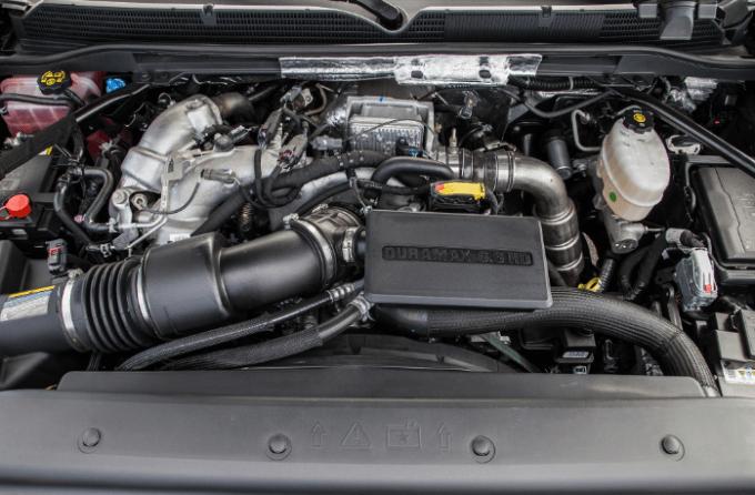 2019 GMC Denali 3500 Engine