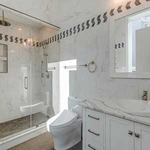 Bathroom-remodeling-Quartz