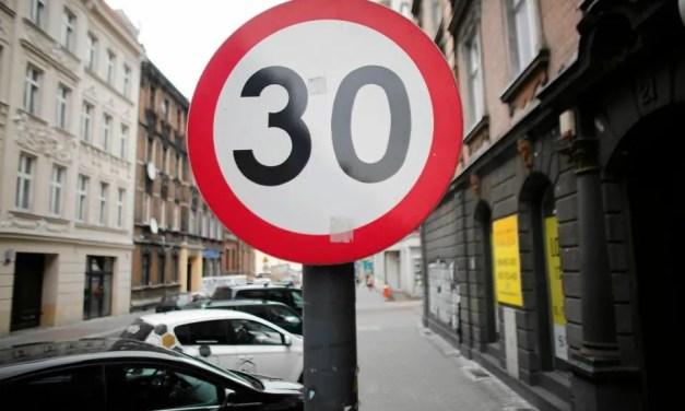 "Strefa ""Tempo 30"" w Kamionkach? – Interpelacja Radnej."
