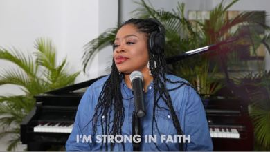Photo of Sinach Delivers Acoustic Version of Strong in Faith Mp3 Download