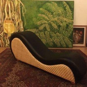 Luxusní ratanové lehátko vyrobené z přírodního ratanu.