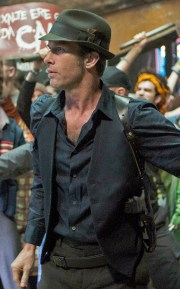 """THE EXPANSE -- """"Remember the Cant"""" Episode 103 -- Pictured: Thomas Jane as Detective Josephus Miller -- (Photo by: Rafy/Syfy)"""