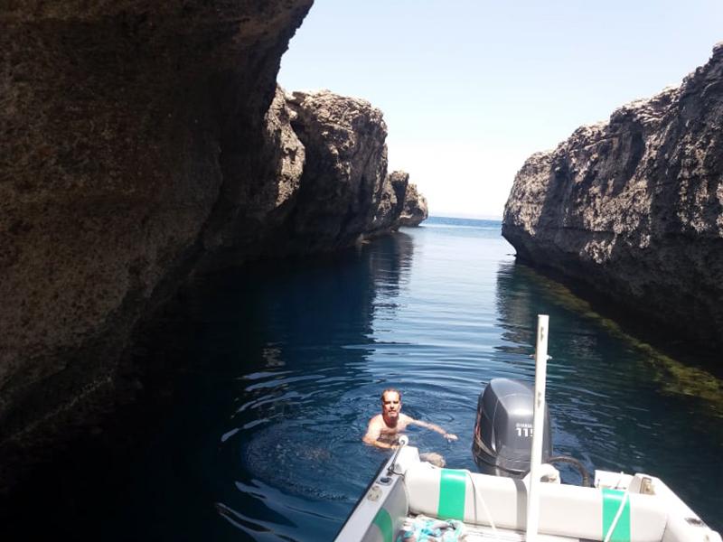 Boat trip at Blata tal-Melħ