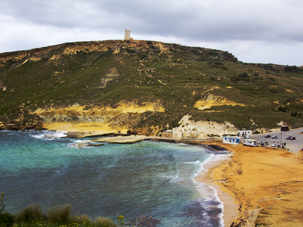 The beauty of Ġnejna Bay in Winter