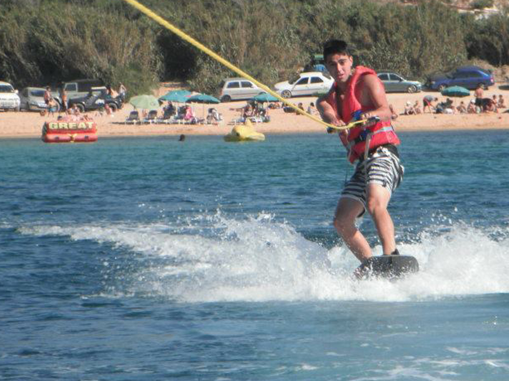 Wakeboarding at Ġnejna Watersports