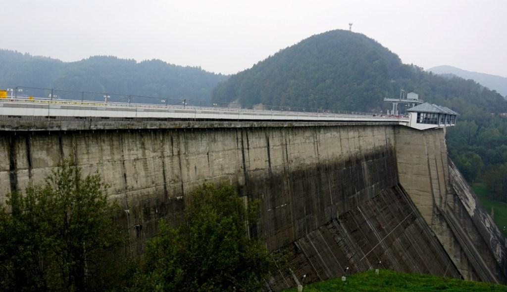 Zapora to taka większa ściana