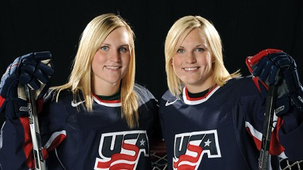 USA hockey twins Monique and Jocelyne Lamoureux bring toughness to the ice!