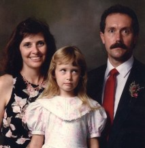 By far the most frightening father ever! (Awkward Family Photos)