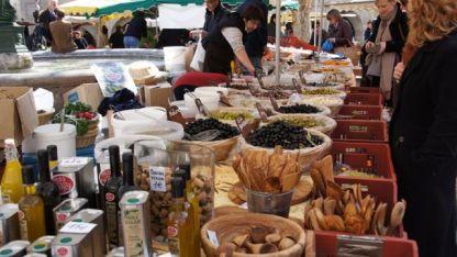 Market in Avignon