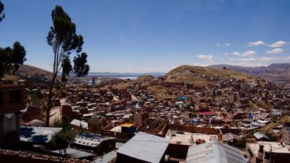 Climbing out of Puno