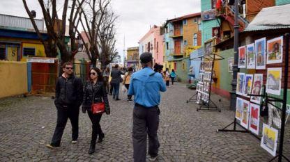 Wandering around the colourful Caminito Street precinct