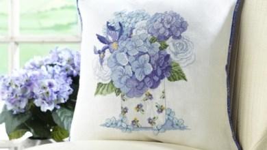 Photo of باترون خدادية بورود بغرزة الكنفا  pattern cross stitch designs for cushions