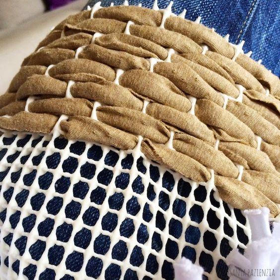 طريقة عمل سجادة من الملابس القديمة و بواقى القماش