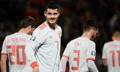 Cota 60.00 la Italia vs Spania