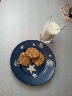 only 200 calories with cup of almond milk
