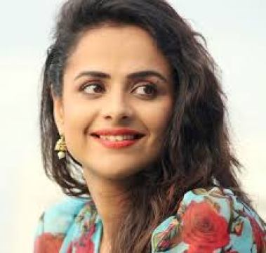 Prachi Tehlan sets internet on fire with new music video