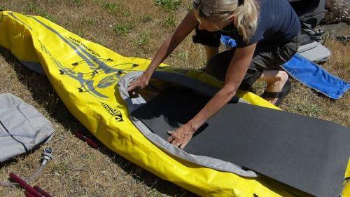 Installing the foam floor.