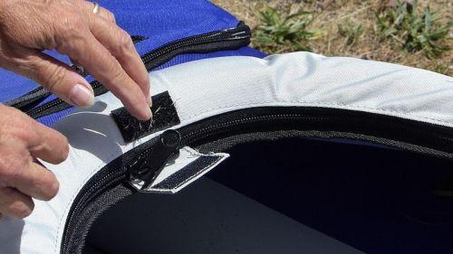 Closing the zipper chamber