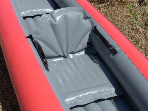 Inflatable seat rest