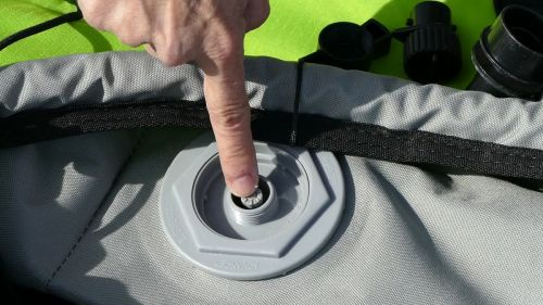 Putting the valve in the closed position