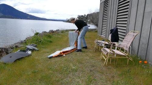 Folding up the kayak