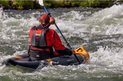 AquaGlide McKenzie 105 inflatable whitewater kayak