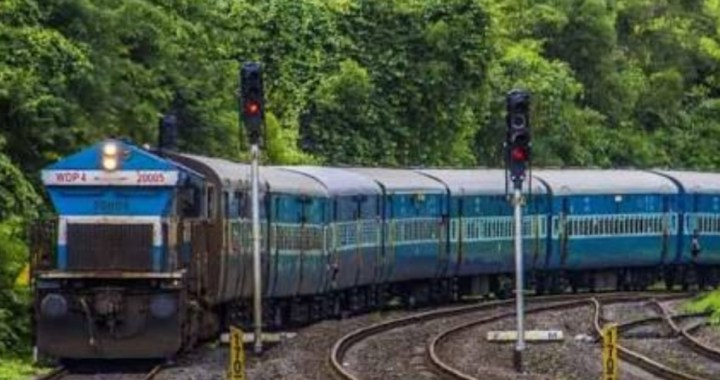 KERALA FLOODS: DETAILS OF TRAINS CANCELLED