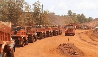 FOR REVIVING ECONOMIC ACTIVITY, REQUESTED UNION GOVT TO FIND AVENUES FOR AMENDING MINING ACT : GOA CM