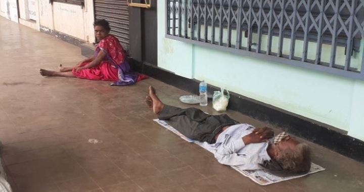 GOA GOVT FLOUTS ARTICLE 21 OF INDIAN CONSTITUTION …? || SEVERAL HOMELESS REMAINS STRANDED, VULNERABLE & STARVING IN PUBLIC PLACES || STATE ADMINISTRATIONS YET TO SETUP RELIEF CAMPS