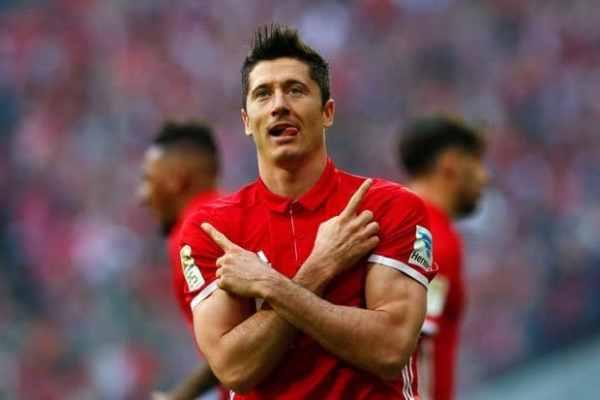 Chelsea to sign Bayern Munich striker Robert Lewandowski