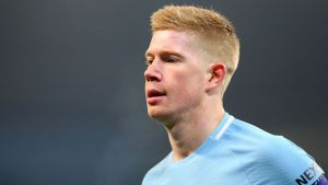 De Bruyne signs new Man City contract