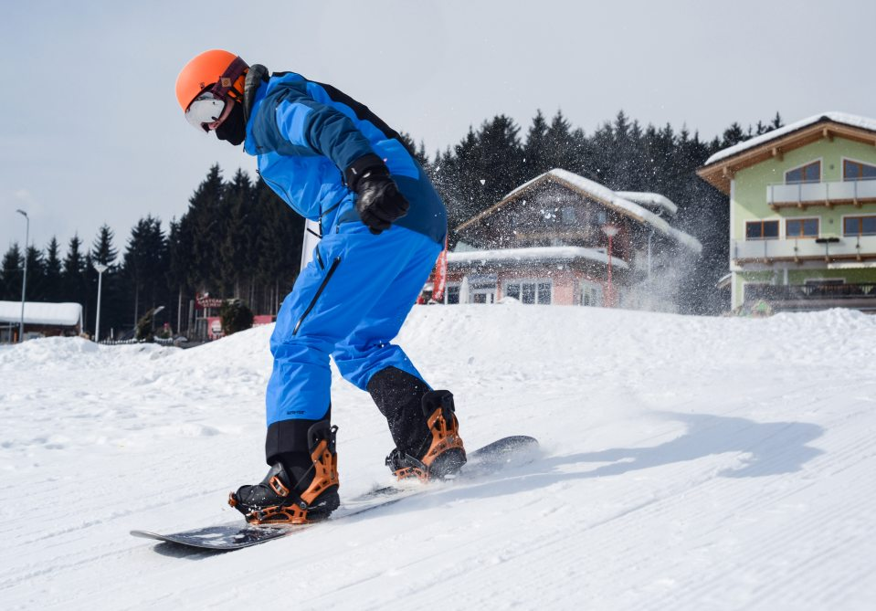 snowboarding - things to do in winter