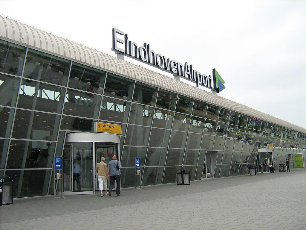 Dojazd z lotniska w Eindhoven do Amsterdamu