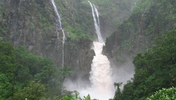 Dhobi-waterfalls-Mahabaleshwar