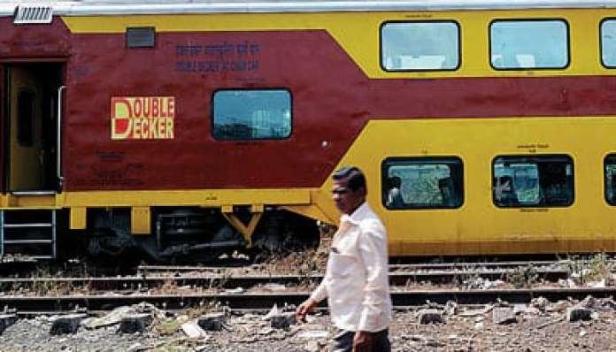mumbai-goa-double-decker-train-service