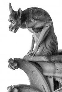 hunchback statue