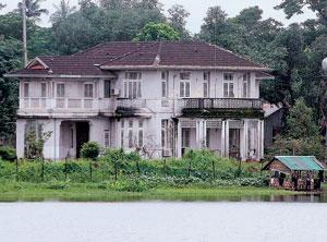 Rumah kediaman Aung San Suu Kyi