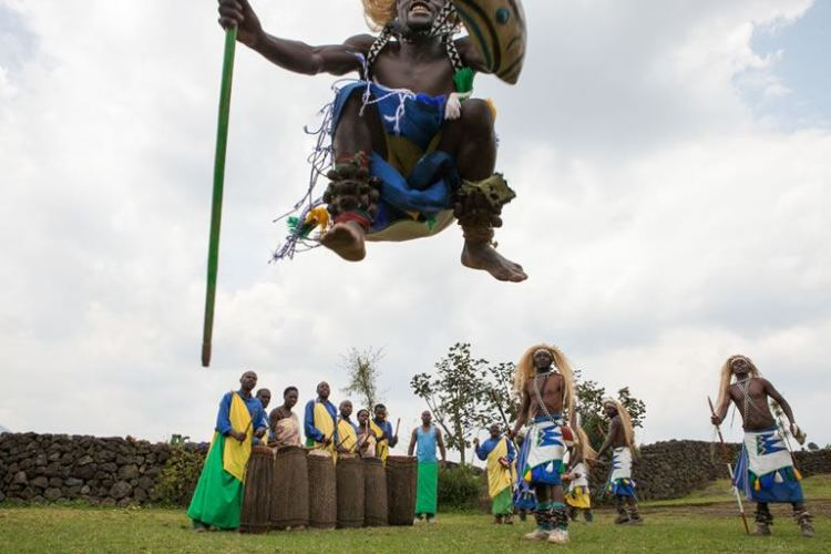 A performance at Iby'iwacu Cultural Village.