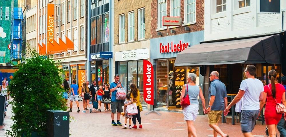 Dicas de vendas - Wind Banner Foot Locker e blokker em frente do ponto de venda PDV