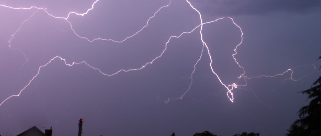 Categories - Lightning by Domianek CC0 Public Domain from Pixabay