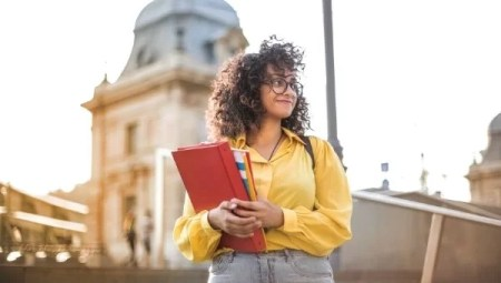 10 Good Habits For Students | Habits That Every Student Should Inculcate