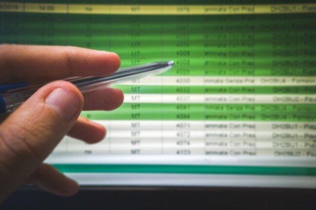excel_spreadsheet_financial_numbers.jpg