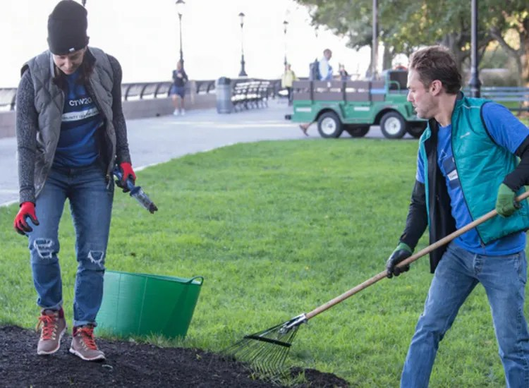 Two Ayco employees volunteer their time to help the community