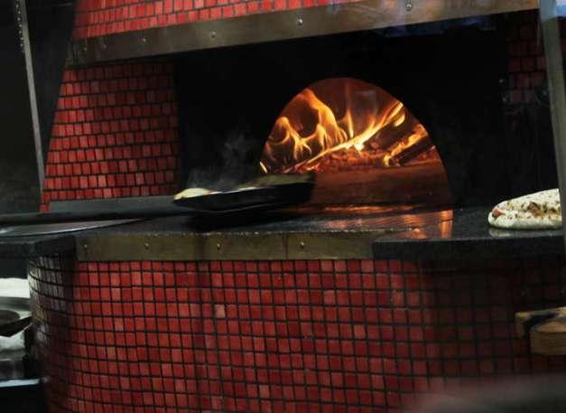 pizzaholzofen9123
